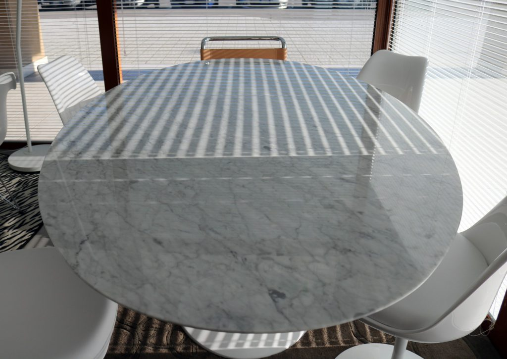 tavolo-da-pranzo-moderno