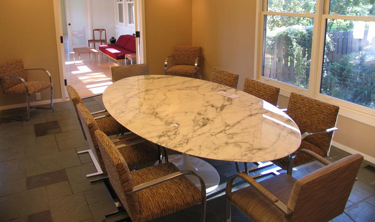 Tavolo ovale Saarinen