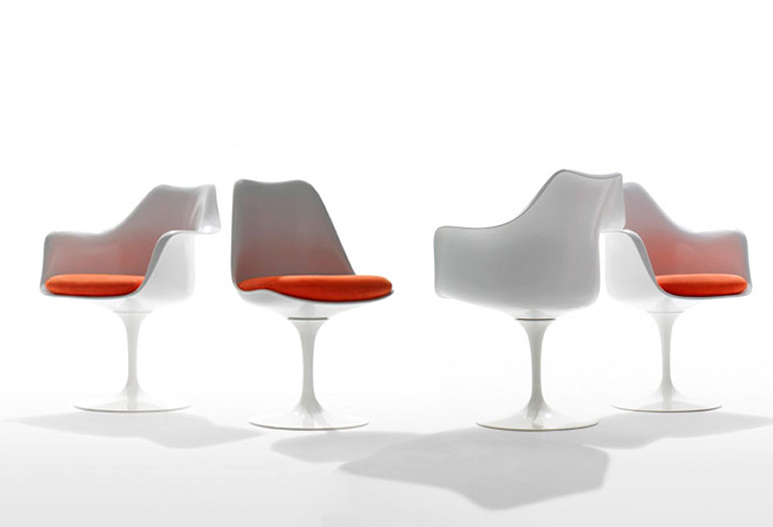 Sedia tulip originale o imitazione for Sedia design originale