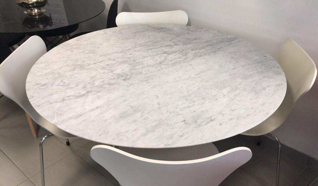 Tavolo Saarinen marmo di Carrara