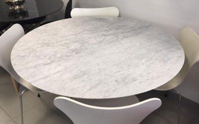 Tavolo Saarinen marmo di Carrara: attento al prezzo